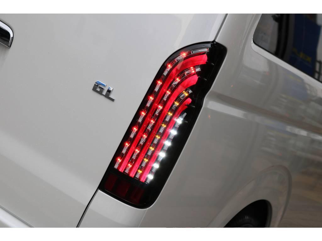 店頭イメージです。 | トヨタ ハイエース 2.7 GL ロング ミドルルーフ 4WD TSS付 即納車可能 人気のナビPKG