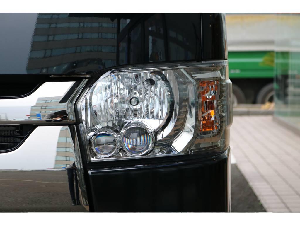 LEDヘッドライト(クリアスモーク加飾)   トヨタ ハイエースバン 2.0 スーパーGL ダークプライムⅡ ロングボディ PS無