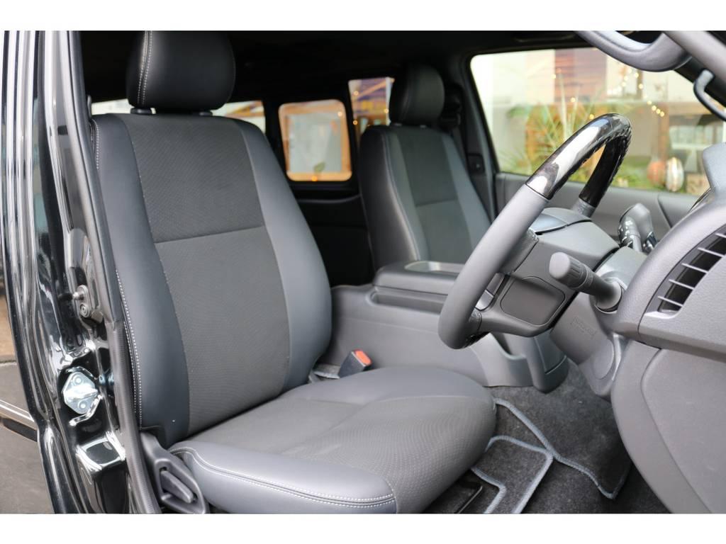 座り心地もいいですよ!!   トヨタ ハイエースバン 2.0 スーパーGL ダークプライムⅡ ロングボディ PS無