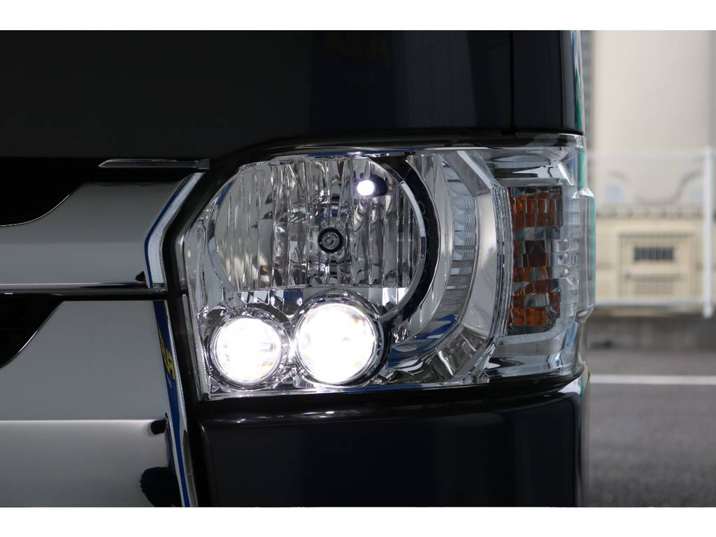 LEDヘッドライト付き♪ | トヨタ ハイエースバン 2.0 スーパーGL ロング 新品ベットキット