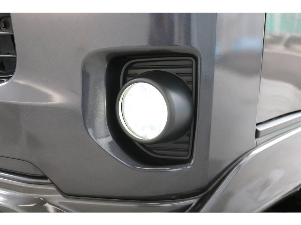 LEDフォグランプ付き。 | トヨタ ハイエースバン 2.0 スーパーGL ロング 新品ベットキット