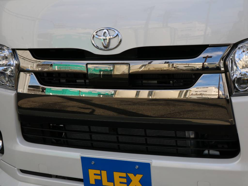 TSSP付きで安全面も安心です。   トヨタ ハイエースバン 2.8 スーパーGL ダークプライムⅡ ロングボディ ディーゼルターボ 4WD 寒冷地仕様 小窓付き