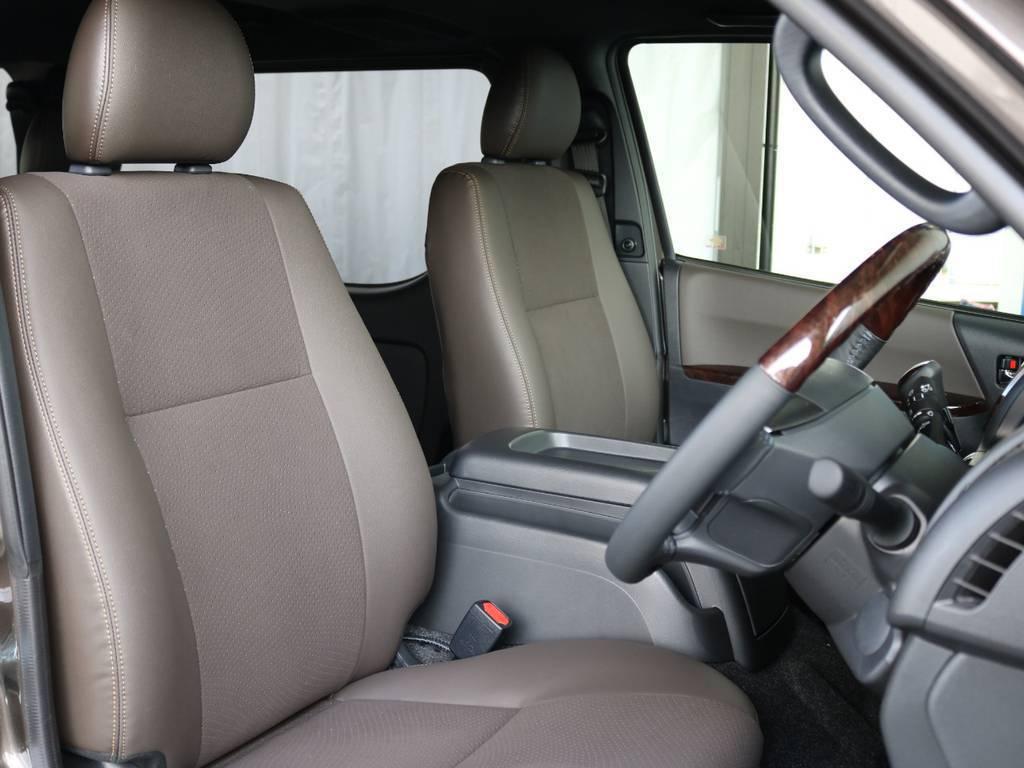 運転席開口部です!! | トヨタ ハイエースバン 2.8 スーパーGL 50TH アニバーサリー リミテッド ロングボディ ディーゼルターボ 4WD TRDバンパー、オフロード仕様