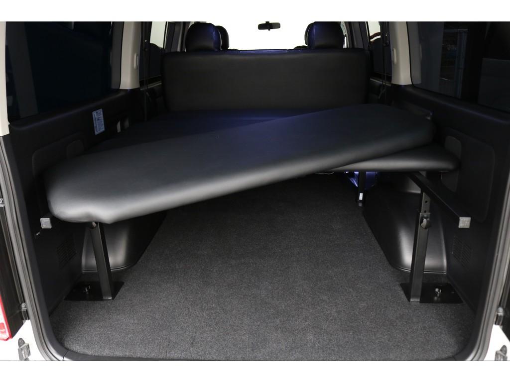 ベットキットパネルは取り外し可能のため、荷物が多い際は取り外し十分な荷室スペースを確保できます!