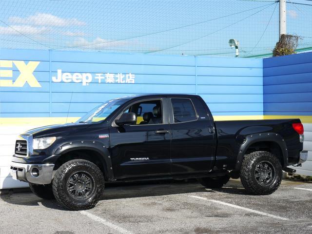 タンドラ ダブルキャブ SR5 4WD