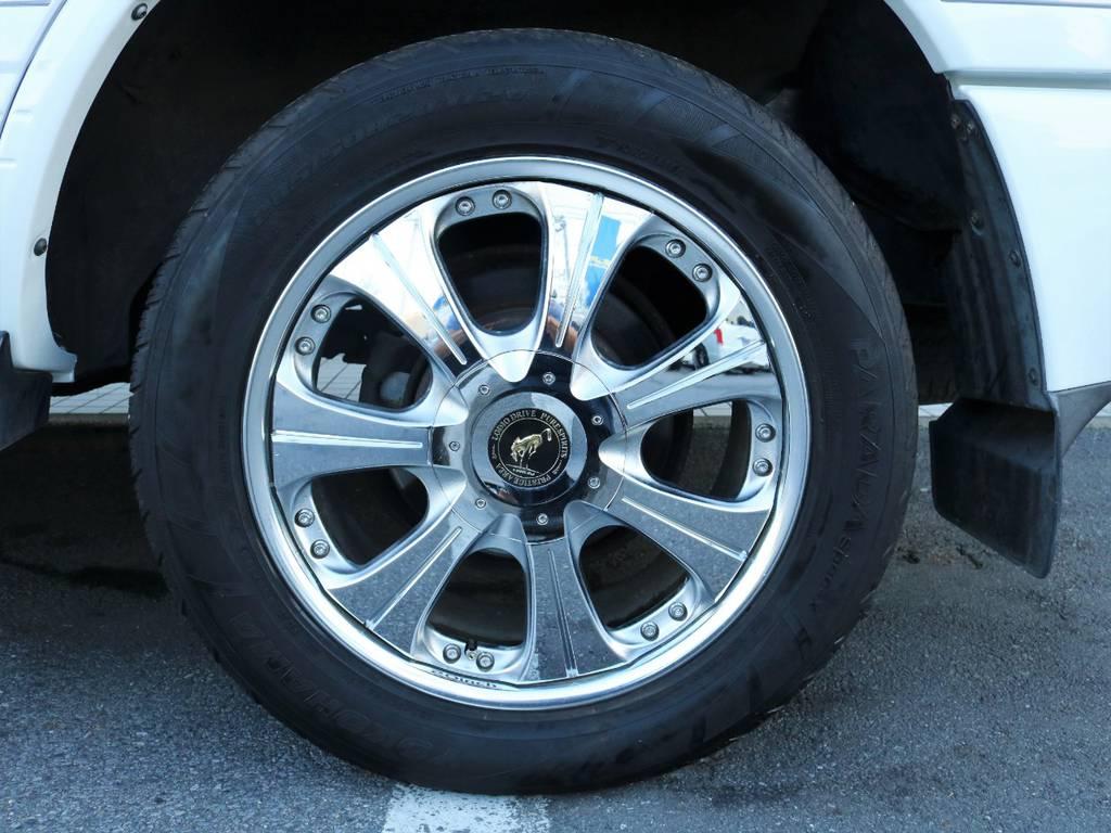 社外20インチアルミ&タイヤ!100系は大口径ホイールも似合っちゃいます♪ | トヨタ ランドクルーザー100 4.7 VXリミテッド 4WD