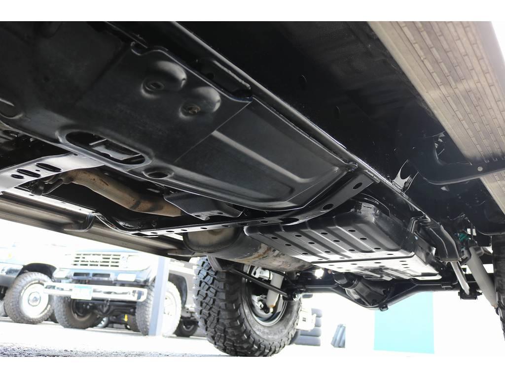 下廻りは洗浄後、防腐パスター仕上げにてお渡しさせていただきます!   トヨタ ハイラックスサーフ 3.0 SSR-X リミテッド ディーゼルターボ 4WD ディーゼルターボ リフトUP