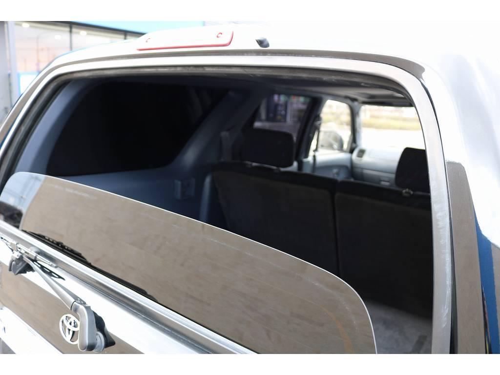 ハイラックスサーフならではのリアガラス上下自動開閉!   トヨタ ハイラックスサーフ 3.0 SSR-X リミテッド ディーゼルターボ 4WD ディーゼルターボ リフトUP