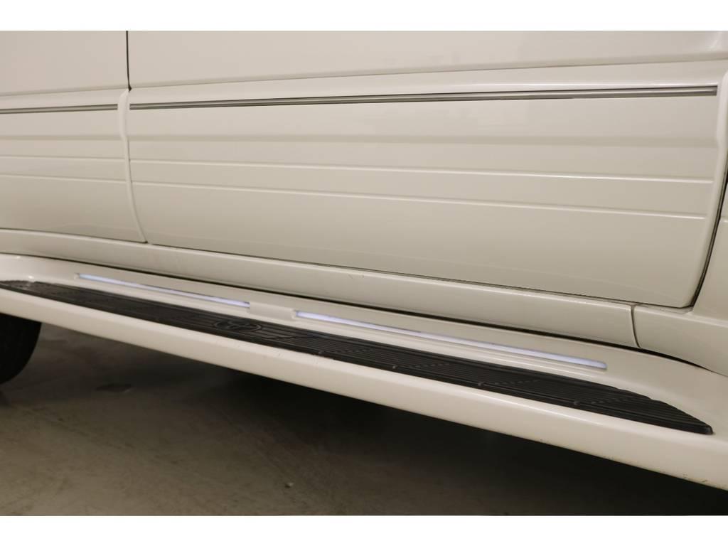 オプションのイルミサイドステップ☆ | トヨタ ランドクルーザーシグナス 4.7 4WD