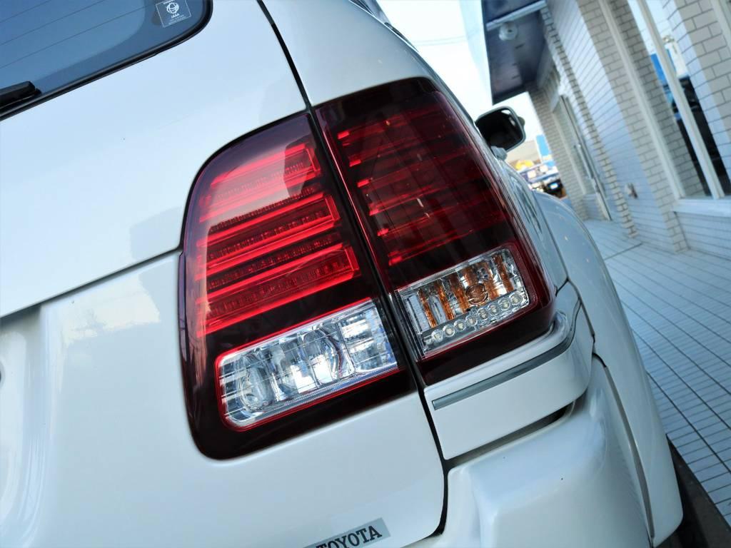 LX風LEDテールライトに換装済みです☆ | トヨタ ランドクルーザー100 4.7 VXリミテッド Gセレクション 50thアニバーサリーエディション 4WD
