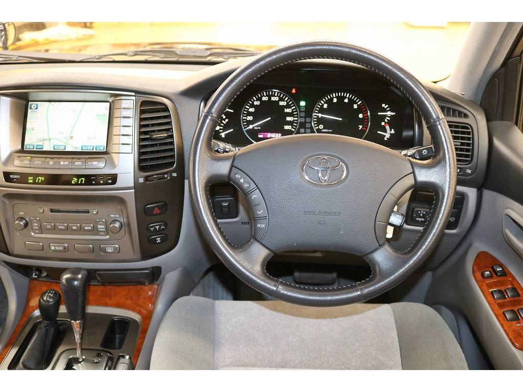 ウッドコンビハンドル等にも変更可能ですのでご相談下さい☆ | トヨタ ランドクルーザー100 4.7 VXリミテッド 4WD