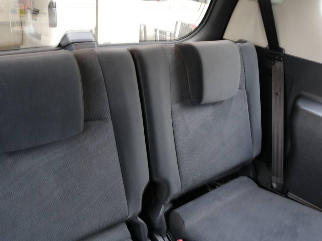 3列目シートです♪ | トヨタ ランドクルーザープラド 2.8 TX ディーゼルターボ 4WD