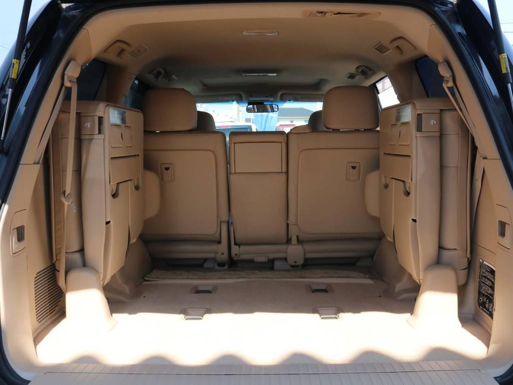 3列目シートにお座りいただいても快適にお過ごしいただけます♪   トヨタ ランドクルーザー200 4.6 AX Gセレクション 4WD