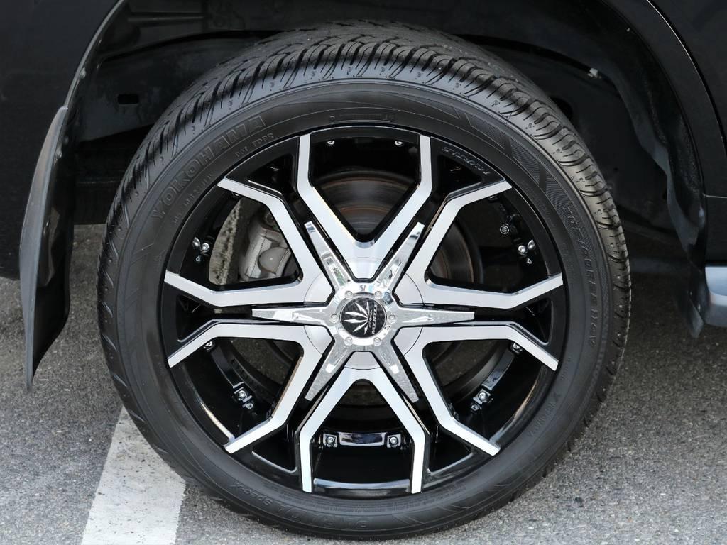 新品のアルミホイル装着済みですので見た目もカッコいいです♪   トヨタ ランドクルーザー200 4.6 AX 4WD