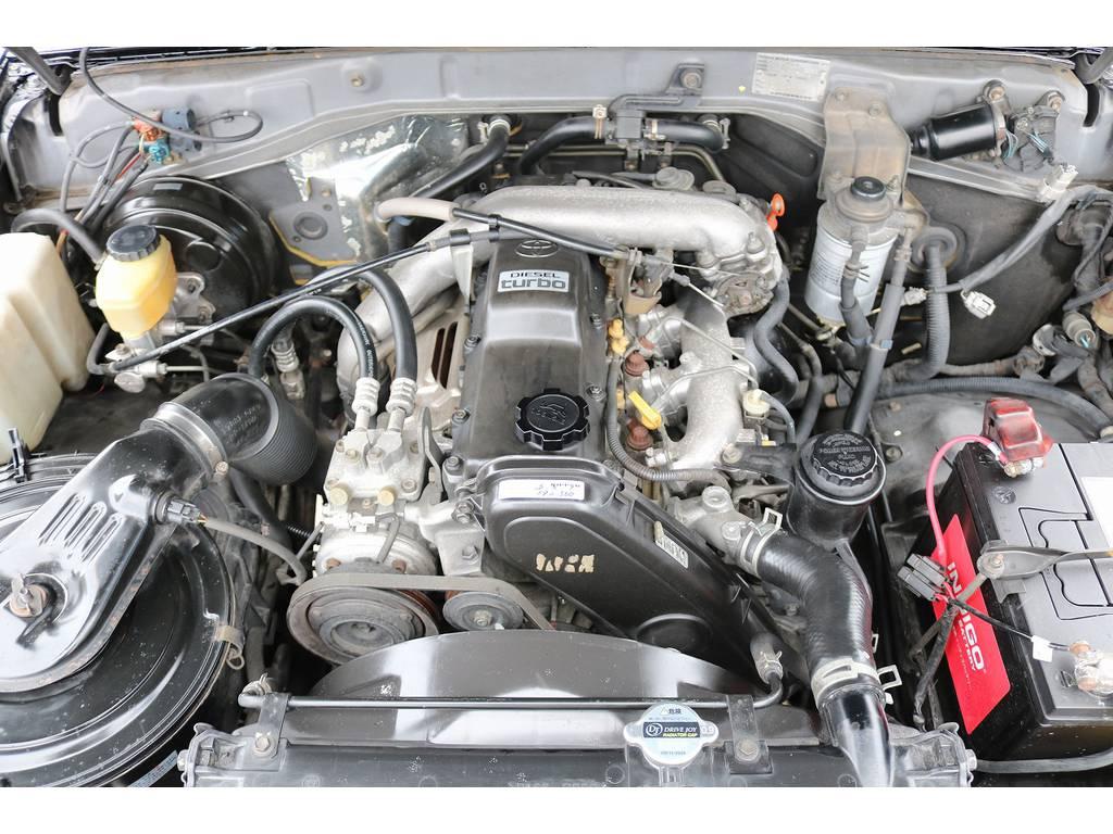耐久性&信頼性に定評ある1KZエンジン搭載!タイベル交換済み!   トヨタ ランドクルーザープラド 3.0 EXワイド ディーゼルターボ 4WD