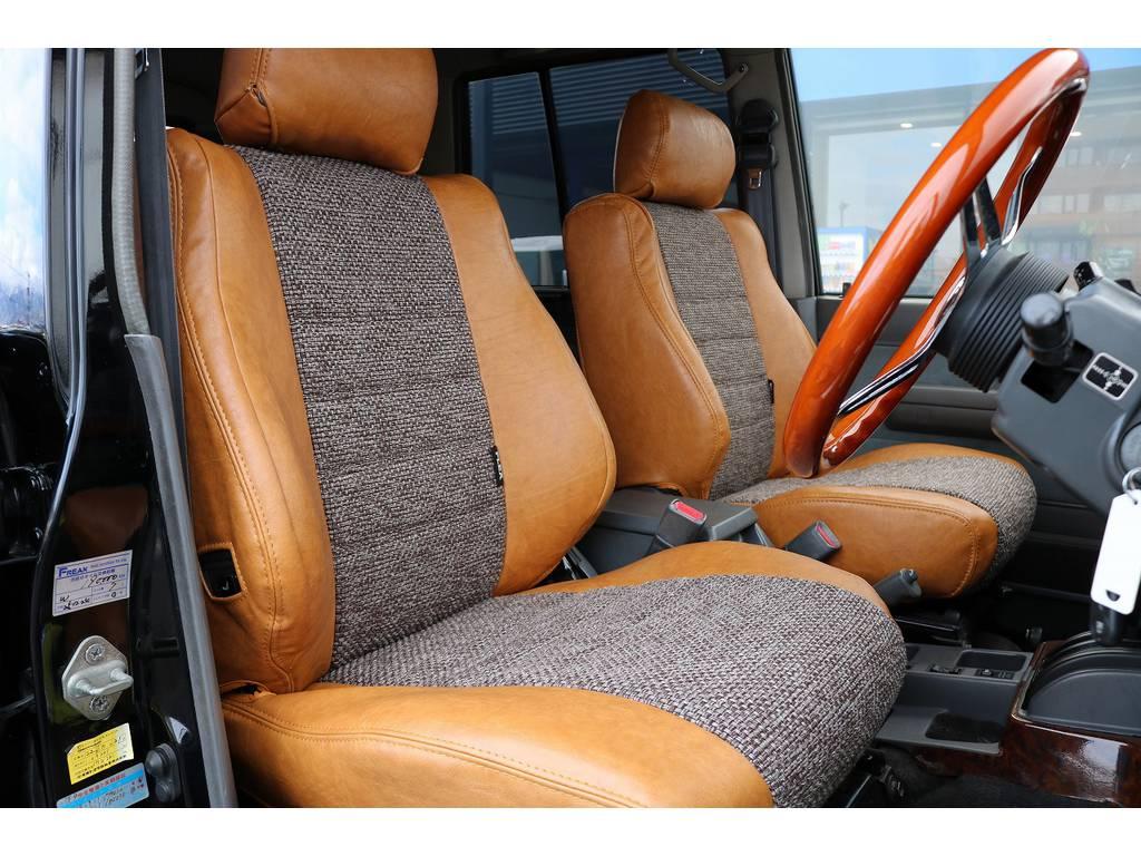 新品オリジナルシートカバー!   トヨタ ランドクルーザープラド 3.0 EXワイド ディーゼルターボ 4WD