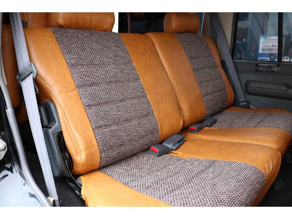 セカンドシート!   トヨタ ランドクルーザープラド 3.0 EXワイド ディーゼルターボ 4WD