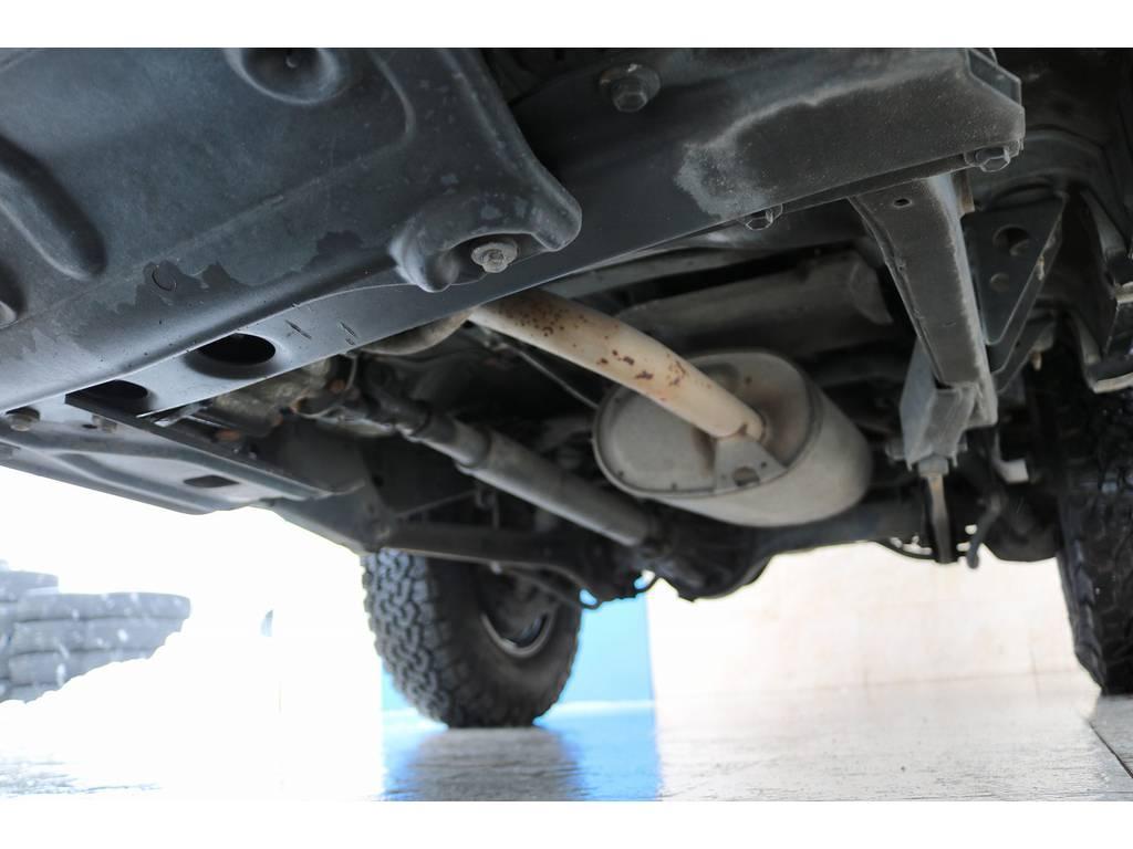 下廻りは洗浄後、防腐パスター仕上げにてお渡しさせていただきます!   トヨタ ランドクルーザープラド 3.0 EXワイド ディーゼルターボ 4WD