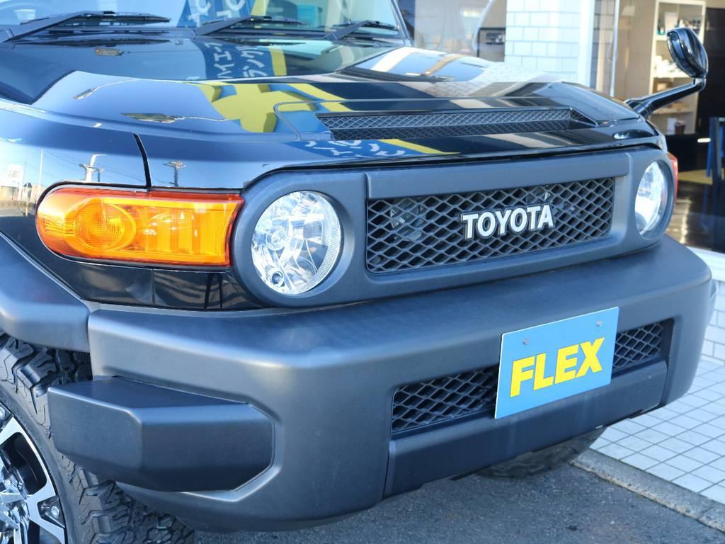 各部ブラックでまとめられたブラックカラーパッケージ! | トヨタ FJクルーザー 4.0 ブラックカラーパッケージ 4WD 2インチUP 20インチAW