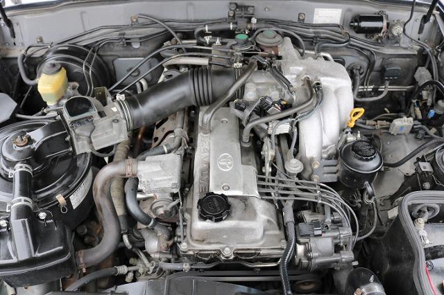 エンジンルーム! | トヨタ ランドクルーザー80 4.5 VXリミテッド 4WD 5インチUP