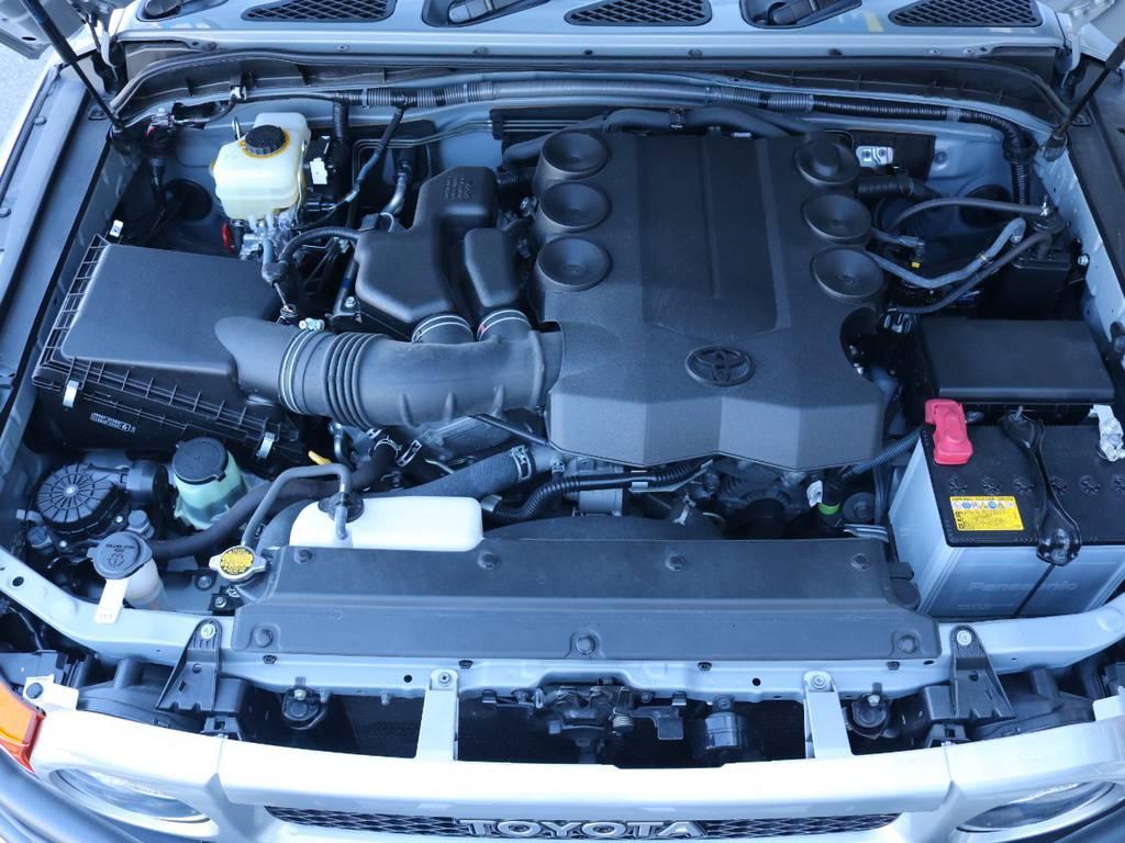 4.0Lのパワフルなエンジン搭載!走行安定性もグッド! | トヨタ FJクルーザー 4.0 オフロードパッケージ 4WD 4.0 オフロードパッケージ 4WD