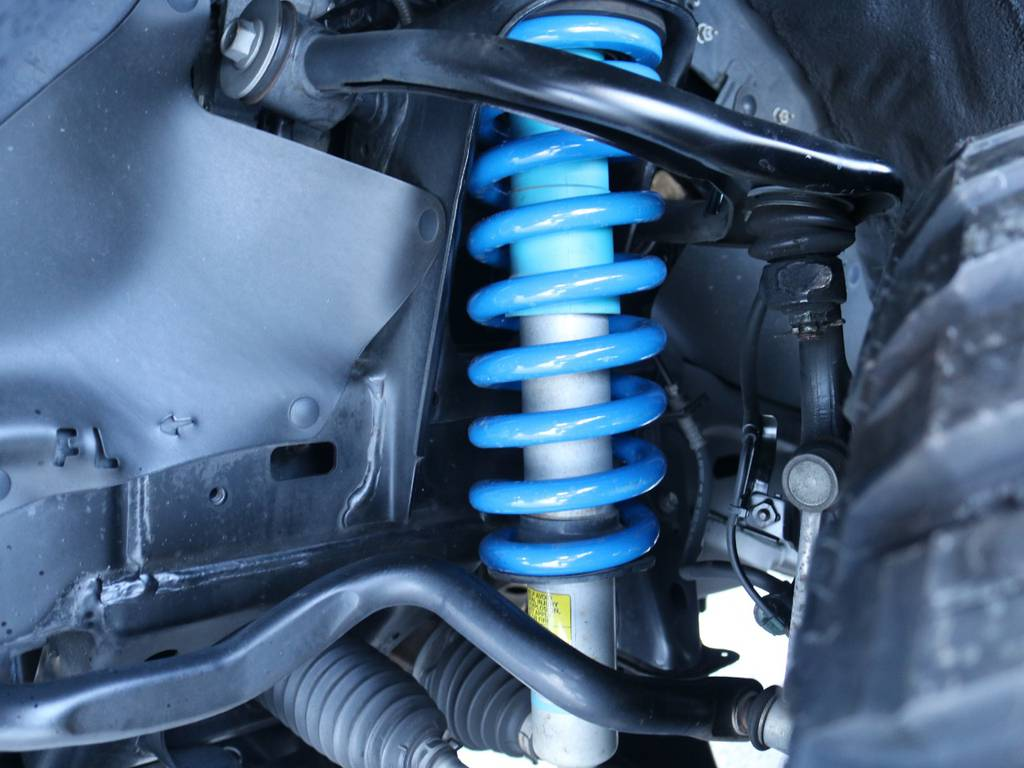 2インチUPに純正ビルシュタインショック付き! | トヨタ FJクルーザー 4.0 オフロードパッケージ 4WD 4.0 オフロードパッケージ 4WD