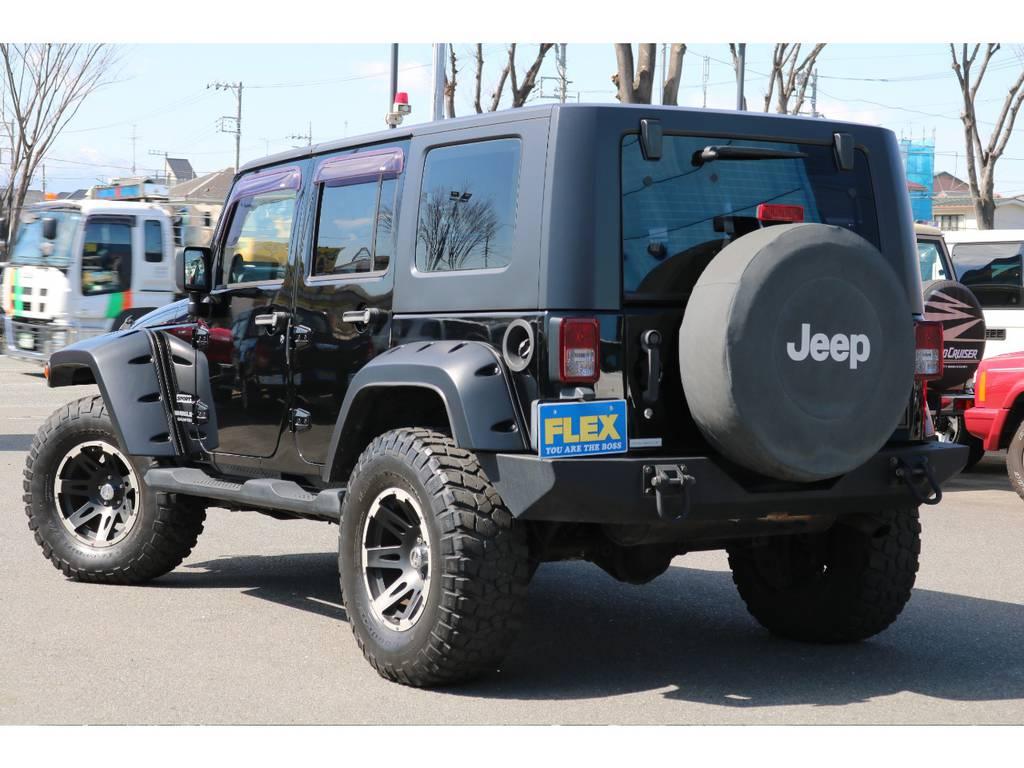 迫力あるリアビューも無骨でワイルドな印象です! | ジープ ラングラー アンリミテッド スポーツ 4WD アンリミテッド スポーツ 4WD