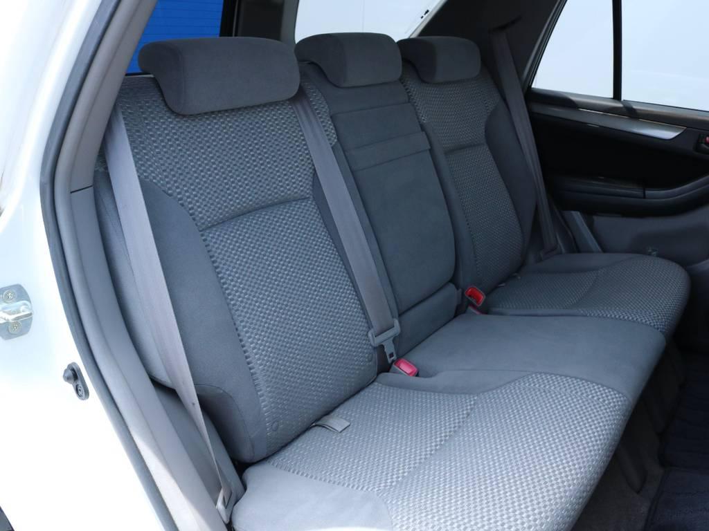 広々したセカンドシート!チャイルドシートもシートベルト固定はもちろん可能です!