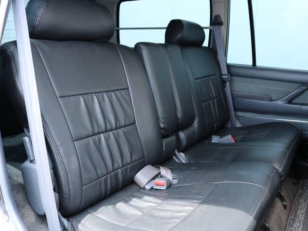 広々したセカンドシート!チャイルドシートも装着可能です!