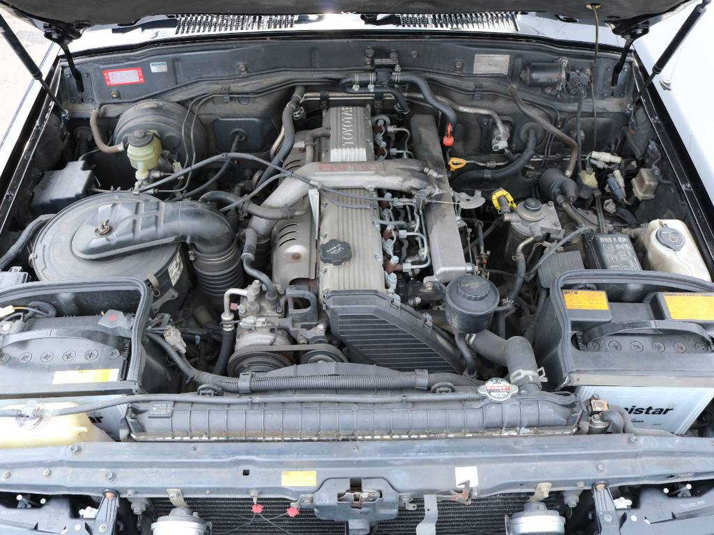 パワーのあるディーゼルエンジン搭載!快適なドライブを実現!