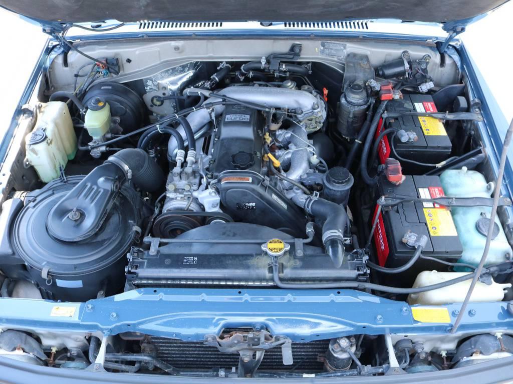 3000ccデーゼルターボエンジン搭載!快適なドライブをさせてくれます!