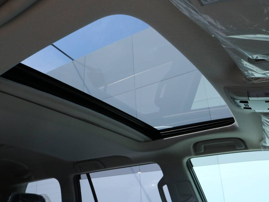   トヨタ ランドクルーザープラド 2.8 TX Lパッケージ ディーゼルターボ 4WD 7人