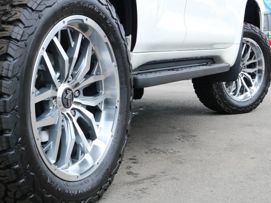 新品NITRO20インチホイール&新品BFグッドリッチATタイヤを装着致しました!