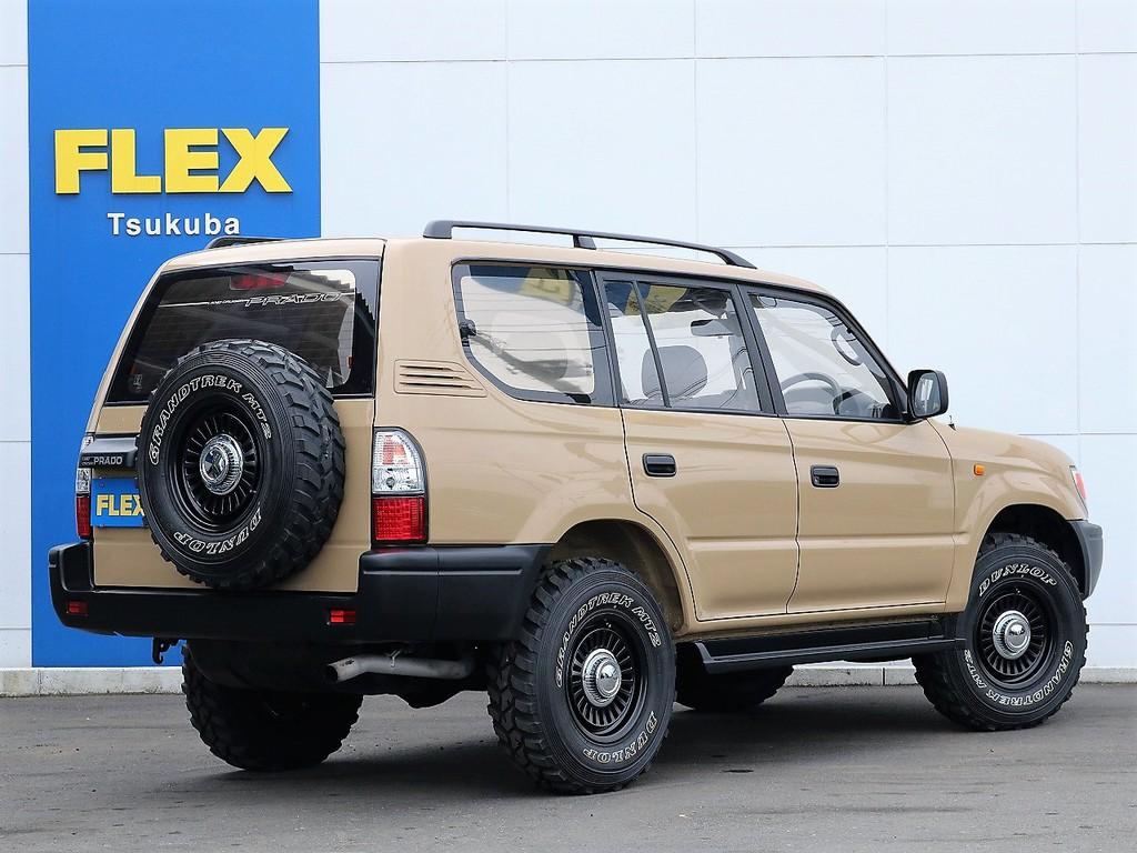 背面も含めタイヤは全て新品です!