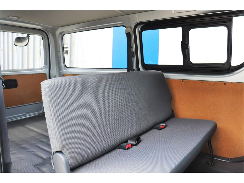 シートカバーの取り付けも可能!車内の雰囲気が一気に変わりますよ!