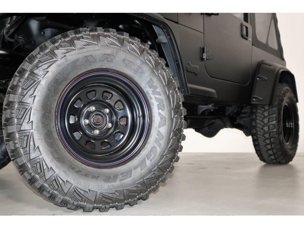 ブラックデイトナホイール&Good year Kevlar MTR 32/11.5/15(新品装着)   ジープ ラングラー スポーツ ソフトトップ 4WD