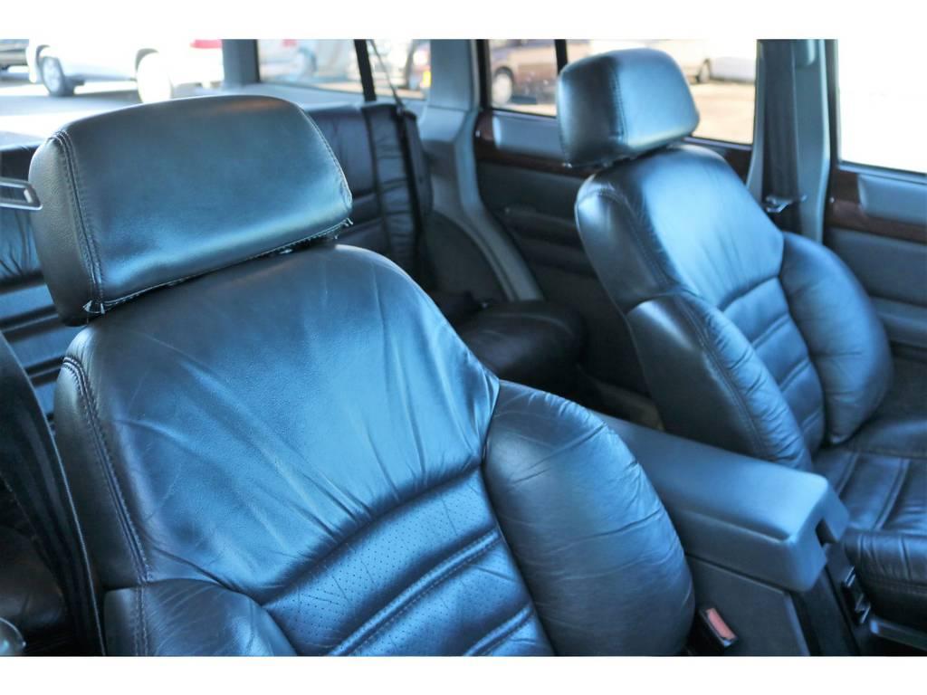 ソファの様なふかふかな座り心地です♪ | ジープ チェロキー リミテッド 4WD