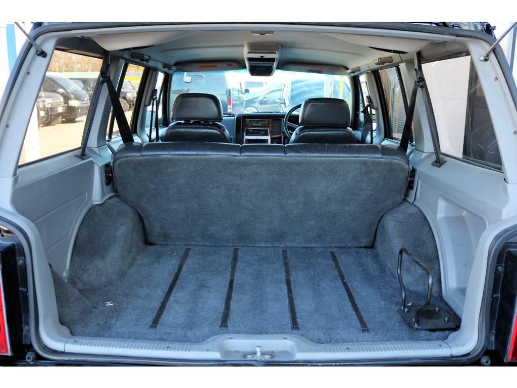 広々としたラゲッジルーム☆ | ジープ チェロキー リミテッド 4WD