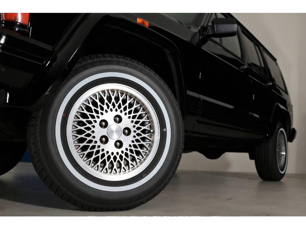 マキシスホワイトリボンタイヤ(新品装着) | ジープ チェロキー リミテッド 4WD