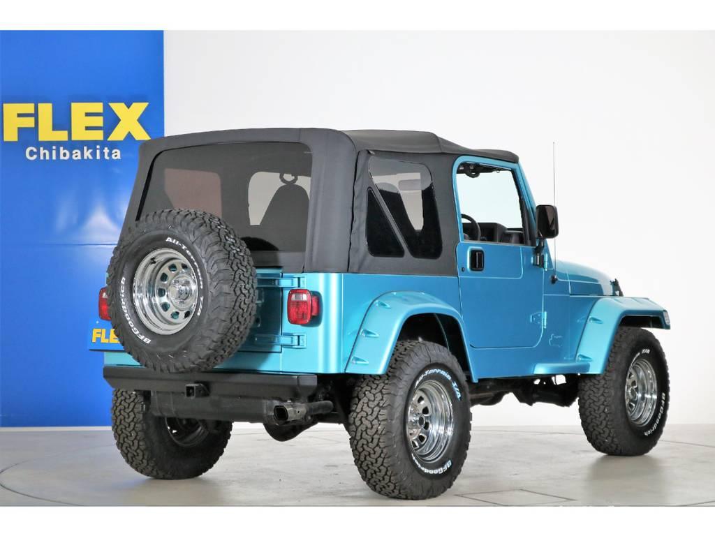 2インチリフトアップ ポケットスタイルオーバーフェンダー | ジープ ラングラー スポーツ ソフトトップ 4WD