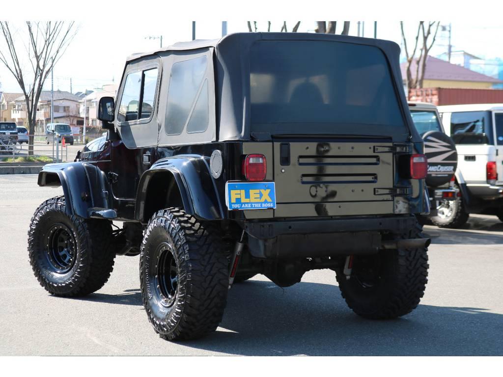 USテールにナンバー移設!スッキリとしたバックビュー! | ジープ ラングラー スポーツ ソフトトップ 4WD