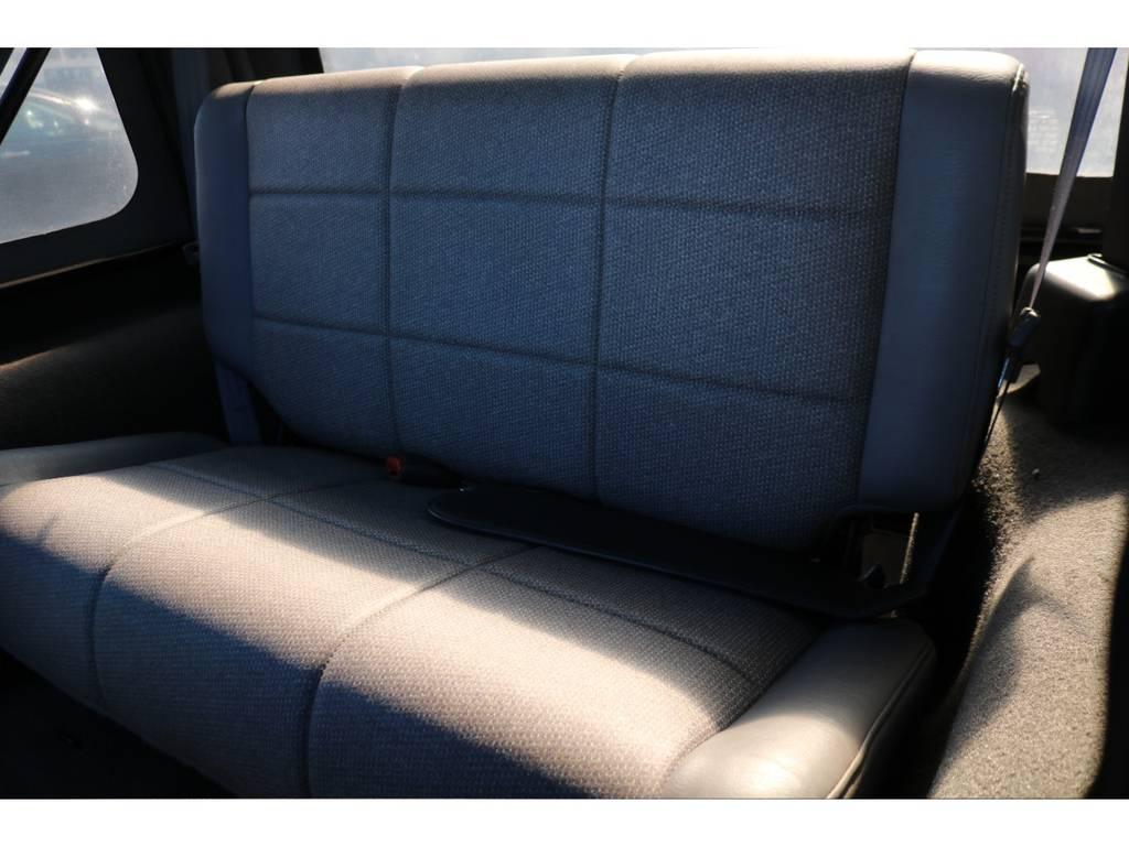 目立つシミや汚れ、切れも見受けられません! | ジープ ラングラー スポーツ ソフトトップ 4WD