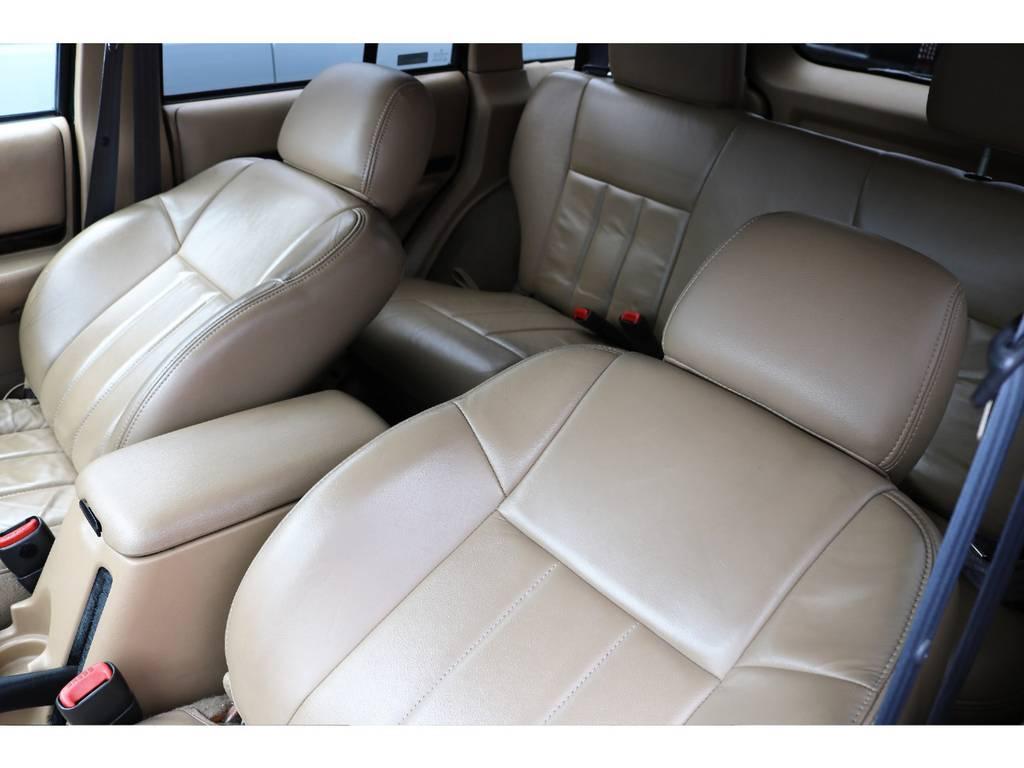輸入車らしさ溢れるベージュインテリア♪ | ジープ チェロキー リミテッド 4WD