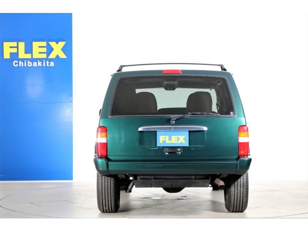 艶々のグリーンカラーです☆ | ジープ チェロキー リミテッド 4WD