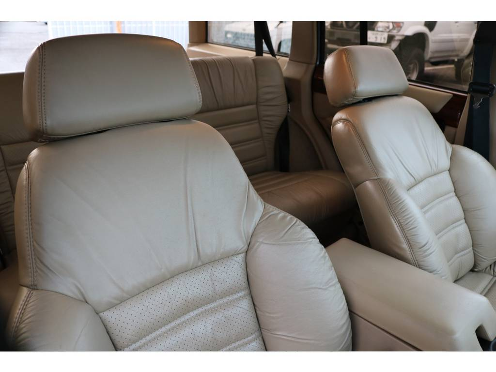 ベージュ革シート☆ | ジープ チェロキー リミテッド 4WD