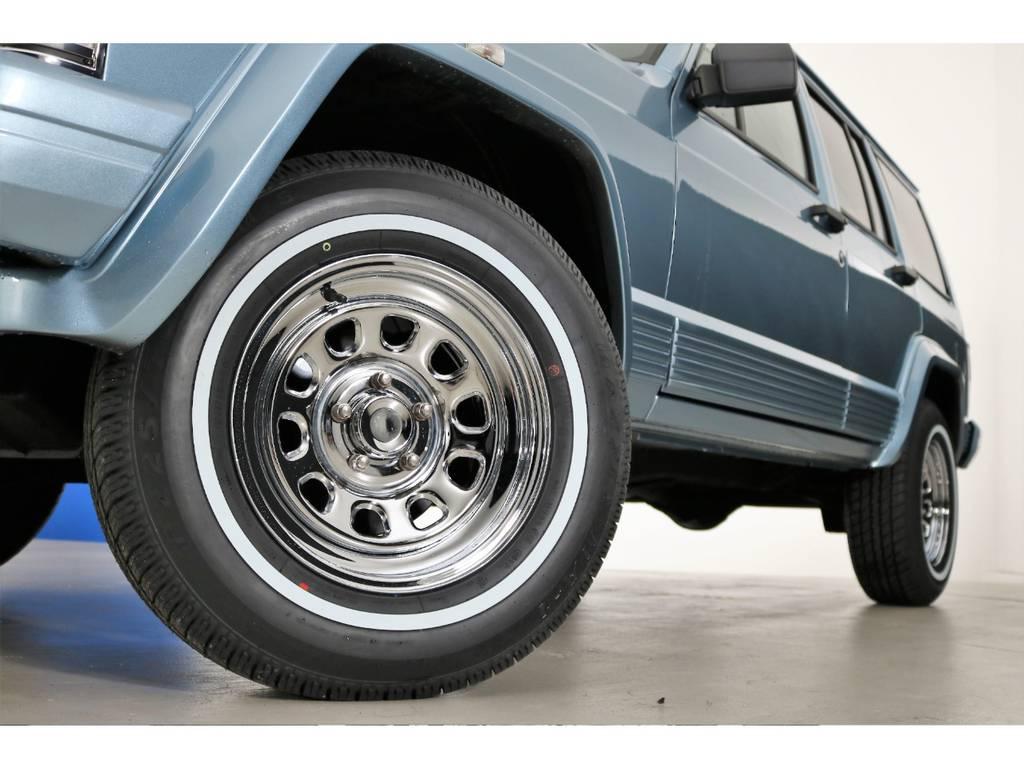 ホワイトリボンタイヤ&クロームデイトナホイール(新品装着)   ジープ チェロキー リミテッド 4WD