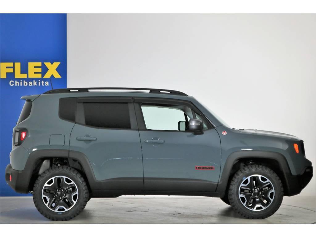 車検33年6月まで!! | ジープ レネゲード トレイルホーク 4WD