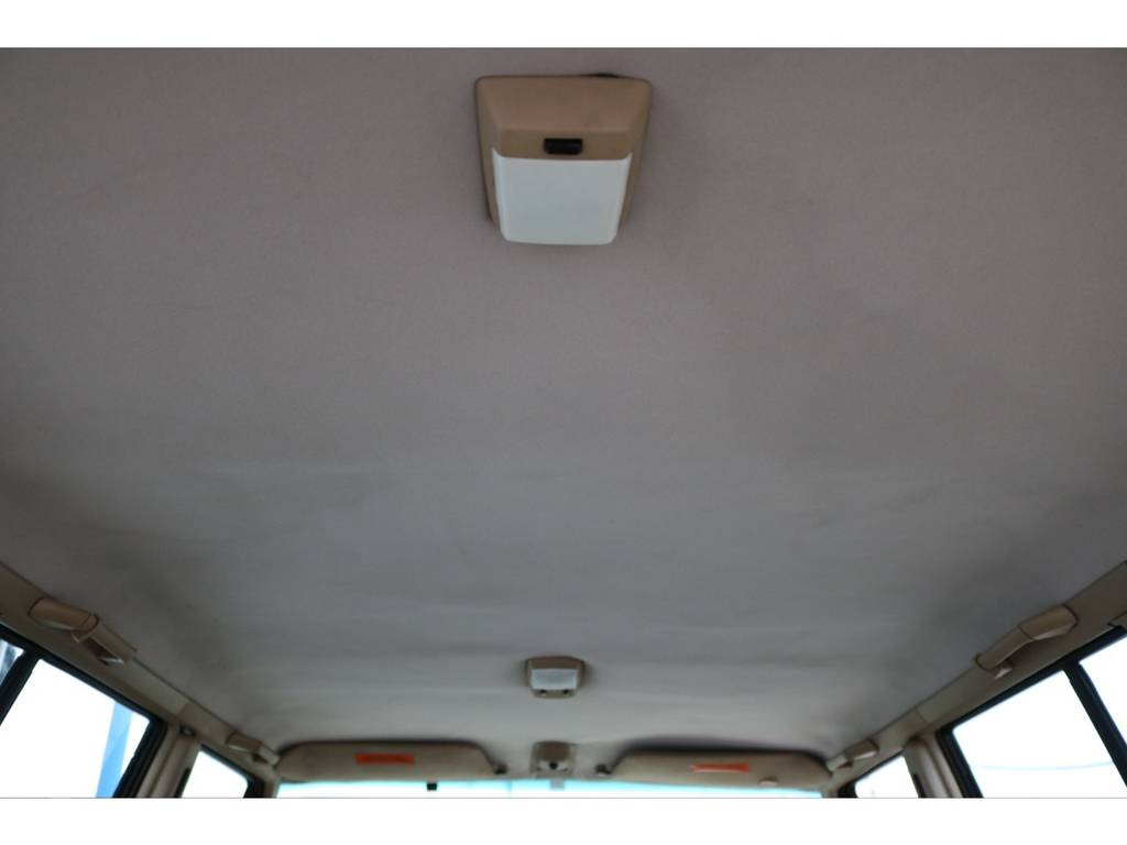 天井部の状態も良好です♪ | ジープ チェロキー スポーツ 4WD