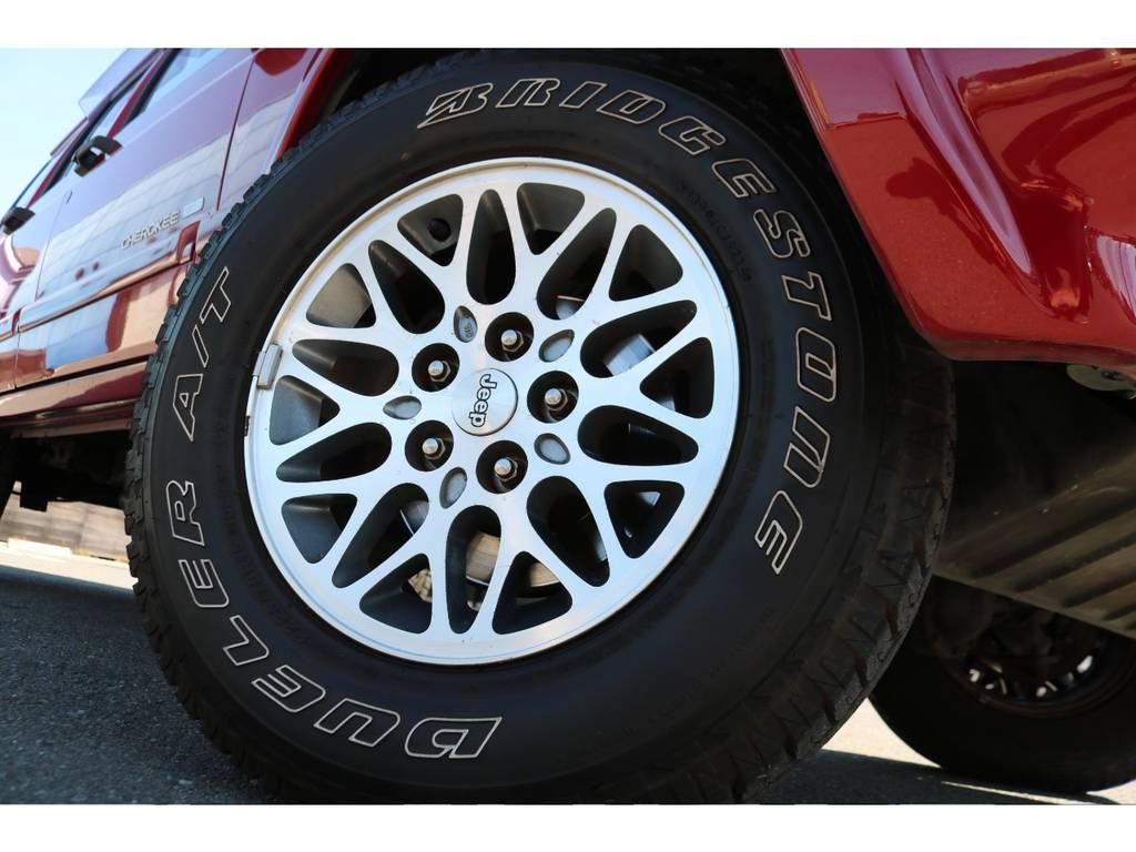 ノーマルのAWもオシャレなデザインですね! | ジープ チェロキー リミテッド 4WD