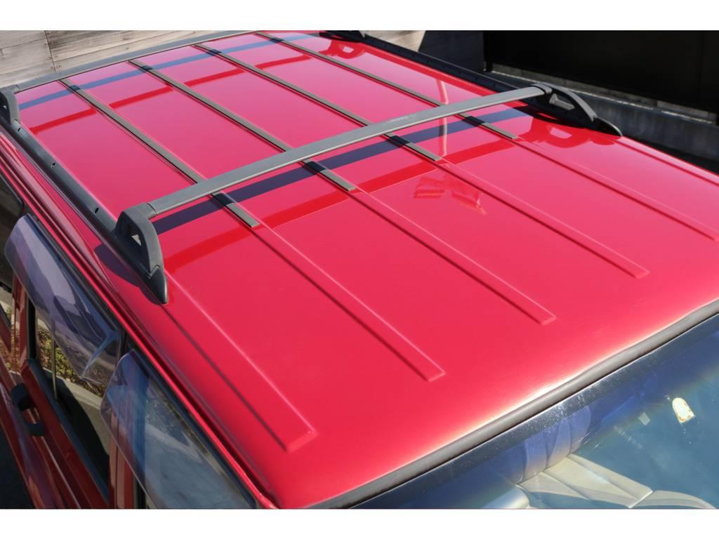 天井もご覧の通り綺麗な状態です!ルーフレールも装着されております! | ジープ チェロキー リミテッド 4WD